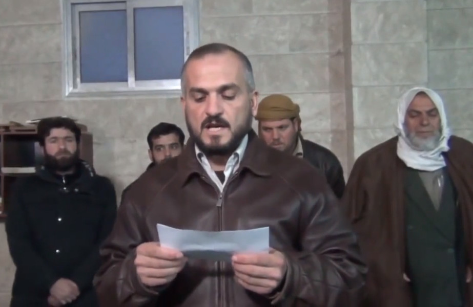 Выступление в г. Атареб (запад провинции Алеппо) против междоусобиц среди повстанцев